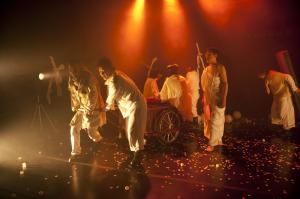 2011年清流劇場<br>春川(Chuncheon)国際演劇祭招待作品<br>『SALT』